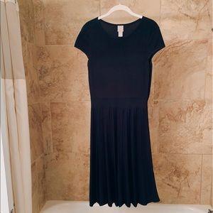 H&M 💙 Navy Pleated Dress